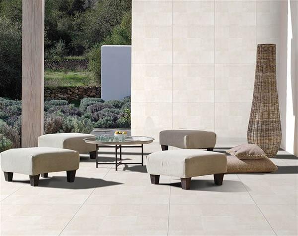 Lựa chọn gạch ốp tường màu trắng vân đá giúp không gian thêm sáng, rộng và sang